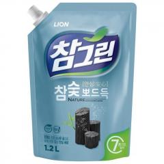 CJ Lion Chamgreen Kangwon Pine Charcoal Средство для мытья посуды и овощей с углем (рефил) 1.2л