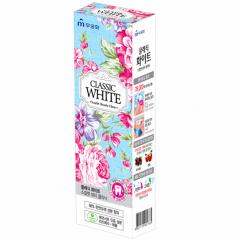Mukunghwa Classic White Отбеливающая зубная паста с ароматом мяты и ягод 110г