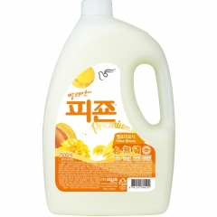 Pigeon Regular Fabric Softener Yellow Кондиционер для белья Желтая мимоза 2.5л